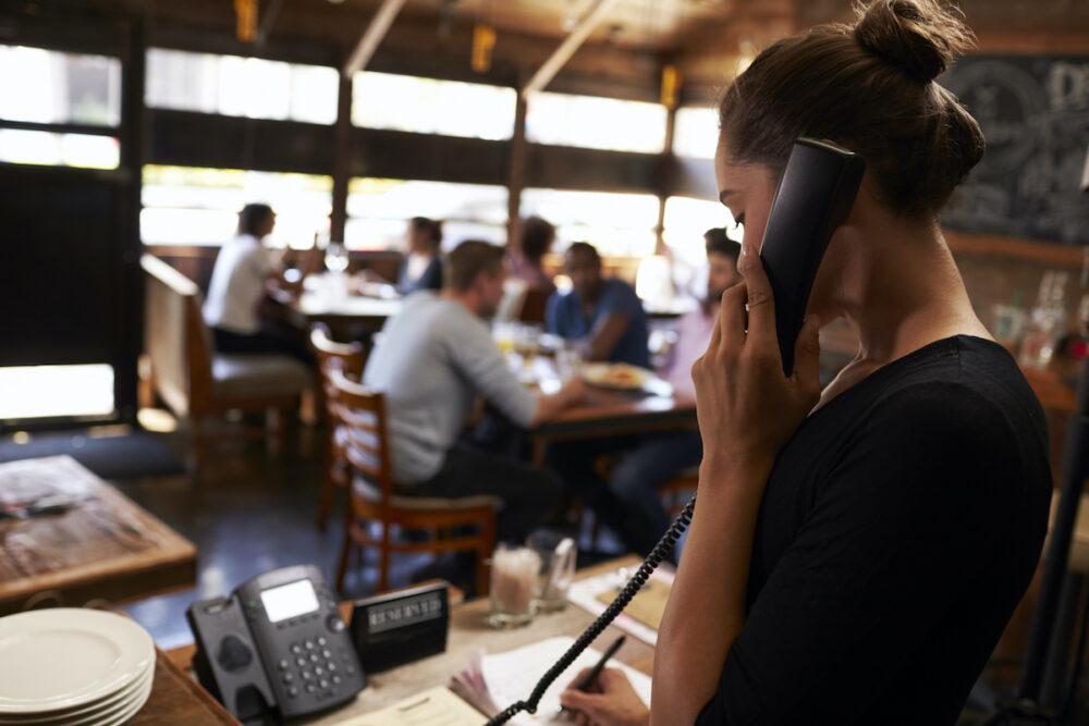 飲食店へ予約の電話をかけたときこんな時はどうする?